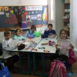 הילדים קיבלו ענן ורשמו עליו את סימני החורף בפעילות סביב ענונת בבית ספר ארלוזרוב, חדרה