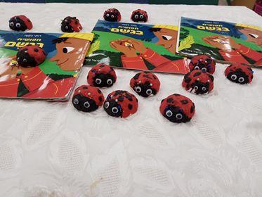 ילדי גן דקל בבית אל הכינו חיפושיות בעקבות הסיפור חיפושית בגשם